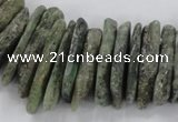 CTD1632 Top drilled 5*20mm - 8*40mm sticks green kyanite beads